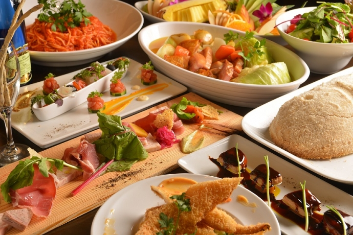 各種セット料理は予約制になります。