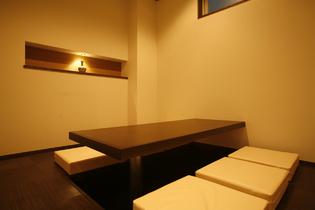 6名様用個室も2部屋完備