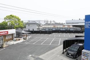 便利な広々駐車場完備