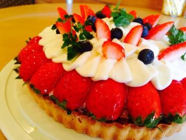 フルーツたっぷりの手作りタルト tarte&cafe tatan (タタン)