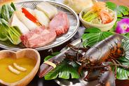 活オマール海老や新鮮な魚介類