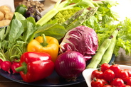 契約農家直送の新鮮な野菜を スープやソースにもふんだんに使用しております。