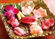 「ホルモン盛り合わせ」1,580円(税別)