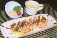 夜のお食事セットA スープ・サラダ・鉄板ロールオムレツ+焼そばorお好焼き
