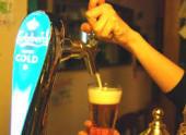 生ビールは氷点下-2℃のカールスバーグ スーパーコールド!もちろんコースの飲み放題でも飲めます!!