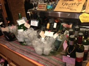 飲み放題+100円で約10種のワインが全て飲み放題!もちろん飲み放題だけのご注文も大歓迎!