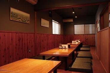 宴会にも最適な座敷は25名までOK。