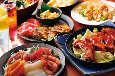 コース料理一例 お鍋のコースもあるよ♪ ノンアルコールカクテル(各380円・税別)など、ドリンクやデザートも豊富