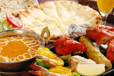 単品からコース料理まで、豊富なインド・ネパール料理が味わえるよ♪