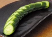 「きゅうりの一本漬け」酒の肴に、箸休めに。