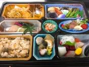 慶事、仏事、各種 仕出し弁当もございます *仕出し弁当は1000円税別より承ります *写真は4000円税別のイメージです