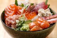 海鮮丼 950円
