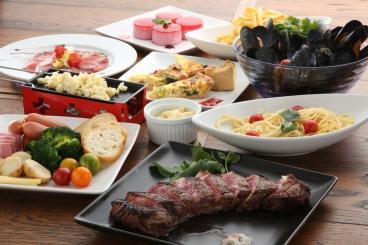 飲み放題付6,000円(税込)コース。ブラックアンガス牛リブロースステーキ、刺身3種盛り、本日の魚or肉料理、足助産ジビエなどが堪能できます。