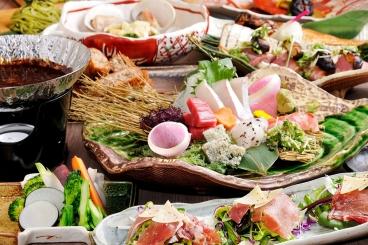 宴会コースのイチオシ!「やんばるコース」3,500円(税込) 飲み放題は1.5時間/¥1,500・2時間/¥2,000(税込)