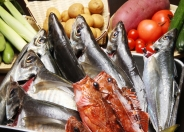 新鮮な魚と野菜をふんだんに使用!