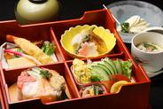 鮮やかな寿司・和食