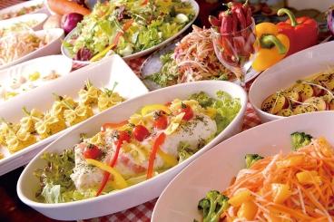 国産野菜のサラダバー パスタやピザとセットにして楽しんでね