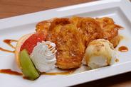フレンチトースト 熱々のフレンチトーストと冷たいアイスのコラボレーションを是非お試し下さい
