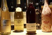 日本・海外のこだわりワインの数々