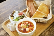 お店でコトコト☆野菜たっぷり食べるスープ
