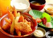 海鮮フライSet(刺身・小鉢・ご飯・味噌汁・ドリンク)※ご飯おかわり無料 ランチ・ディナー共に1,450円(税別)