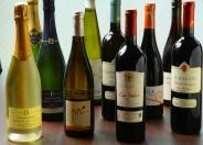 ワインも各種とりそろえています