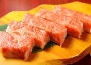 肉の王様「サーロイン」。食べ応えがあり旨みも強い極厚肉!