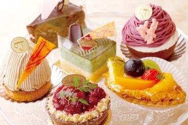 色とりどりの手作りケーキにワクワク★