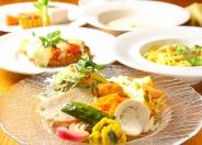 ディナー「ペアコース」(5,000円税込) 前菜の盛り合わせからパスタ、ハンバーグ、デザート、ドリンクまで!