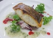 「今月の魚料理」 旬の魚を使用し、様々な調理法・ソースでお楽しみ頂けます。 バイキング付き 1,280円より