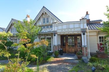 レトロ感がありオシャレな雰囲気の「安城住吉別邸」