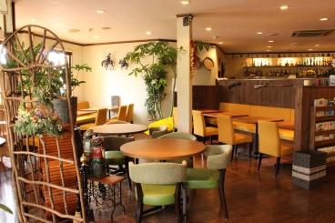 居心地の良さを追求した雰囲気の良い空間。女子会・二次会・貸切パーティー…使い方は様々!