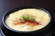 韓国の茶碗蒸し料理「ケランチム」チーズ入りは他ではあまりなく、女性の方に人気です!