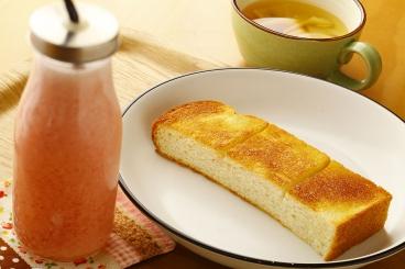 朝スムージーセットの「いちごと甘酒のスムージー」