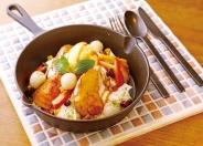 「ベーグルフレンチトースト」(バニラアイス、本日のフルーツソース)もっちりベーグルにくちどけトロ~りブリュレのような至福のフレンチトースト。