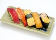 お子様寿司(小学生低学年以下)ドリンク付450円(税別)