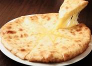 「チーズナン」