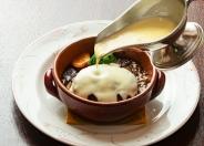 【ランチ】土鍋デミグラス煮込みハンバーグ 1,280円(税別)