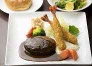 【ランチ】ハンバーグとのコンビプレート ハンバーグ&海老フライ(2尾) 1,580円(税別)