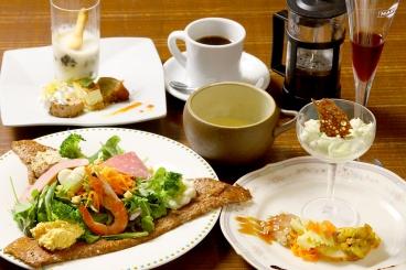 「ガレットランチコース」 オードブル3種、スープ、食前酒、ガレット、デザート、コーヒー付