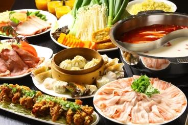 火鍋コース¥4,500(飲み放題付)~ローストビーフサラダや青菜炒めなど当店の人気メニューが楽しめる宴会コースです