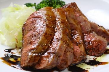 バルサミコソースが絶妙にマッチ、牛ハラミのステーキ(ランチ1,600円)