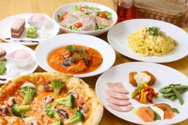 「スペシャルペアセット」はピザとパスタ両方楽しめ、デザートまで付いた充実の全6皿!