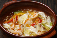 バル、◆大人気!◆ 【海老】のアヒージョ 他、【ムール貝】のアヒージョ 【牡蠣、キノコ】等… バケット→別売りです。 お勧めします お洒落な料理です