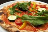 自家製生地の野菜のピザ 980円
